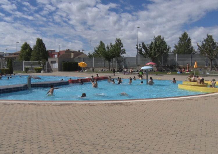Les piscines de Balaguer obren mantenint els torns en franges de matí i tarda