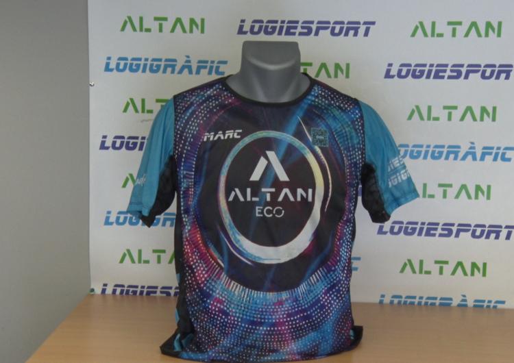 Es crea a Balaguer una samarreta intel·ligent amb un codi QR