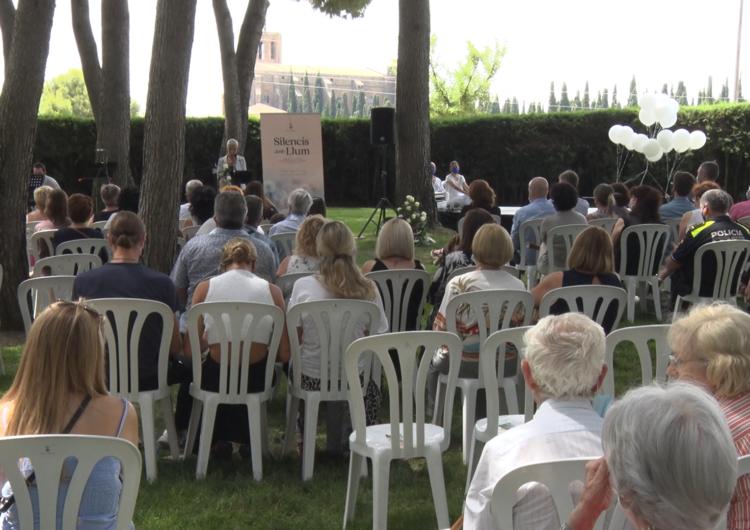"""""""Silencis amb llum"""", l'homenatge de Balaguer als difunts traspassats durant la pandèmia"""