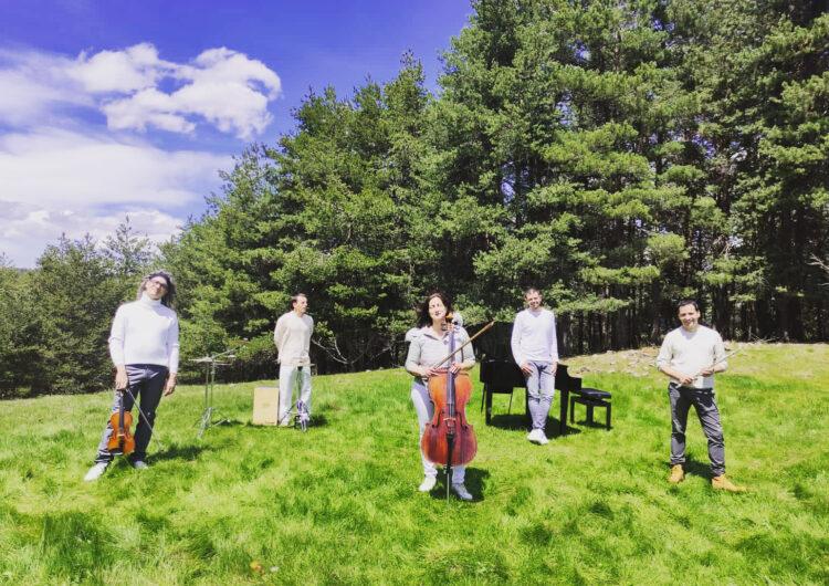 El grup de pop d'autor Círculo de Borneo publica el videoclip 'Contradicción, Parte II' del seu nou àlbum 'Hombre madre'