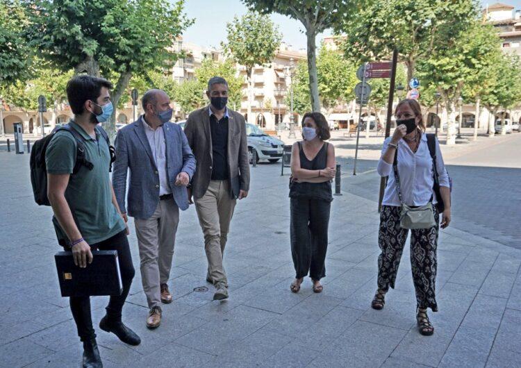 Visita de Bernat Solé, delegat territorial del Govern a Lleida, a la Paeria de Balaguer i el Consell Comarcal
